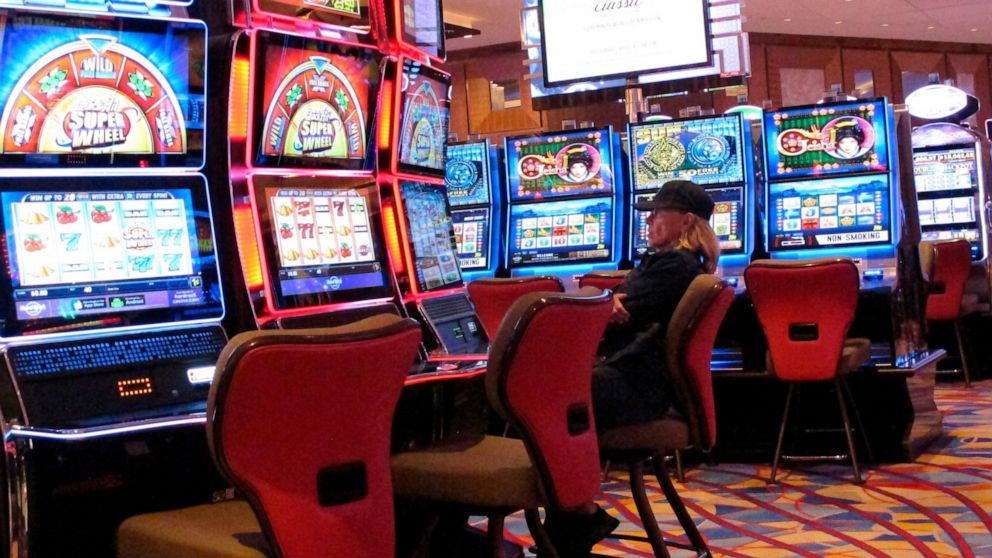 What Everyone Else Does In The Case Of Casino And What You Must Do Different